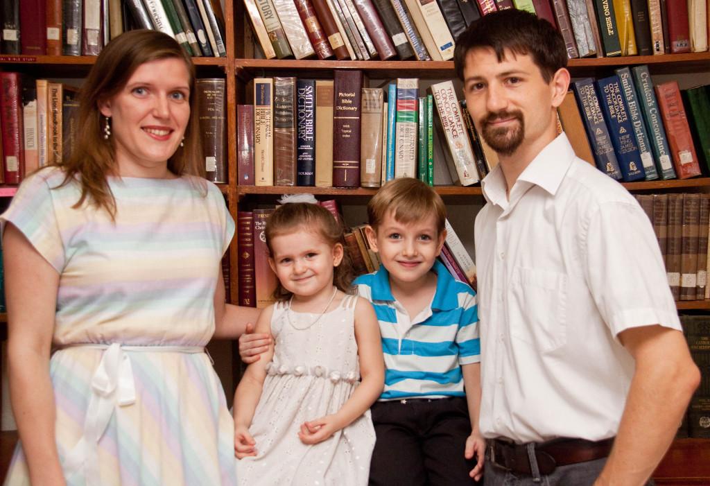 娘のレイチェルと夫のクリント