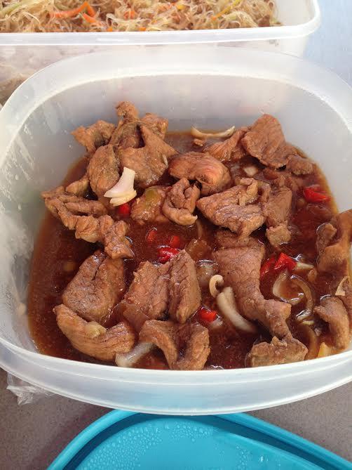 牛肉の煮もの 35ペソ