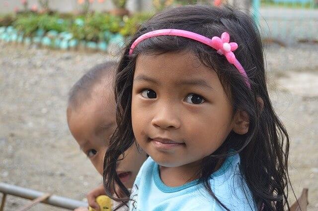 フィリピン人の女の子