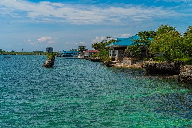 セブ・マクタン島のビーチ