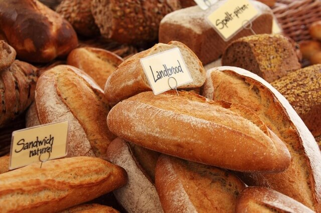 サブウェイで注文、パンを選ぶ
