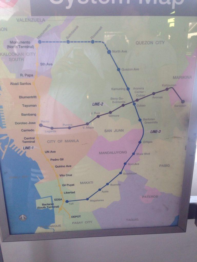 マニラの電車LRTの路線図