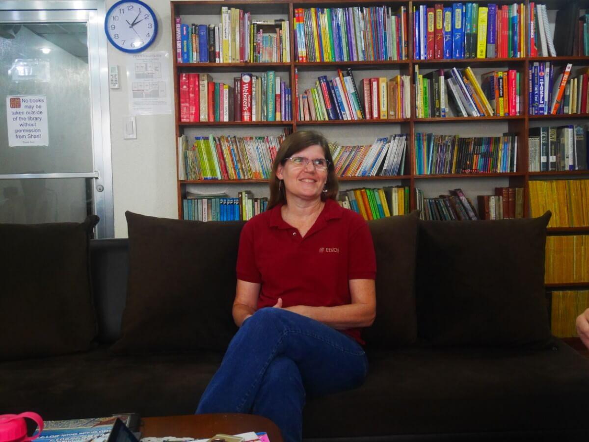 「インタビュー:シャリー編」フィリピン・セブ島留学ETHOS校で働くアメリカ人講師の仕事
