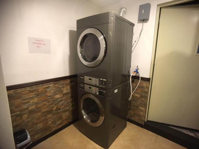 セブ島東横インの乾燥機付き洗濯機