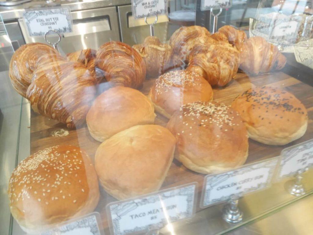 アバカのパン2